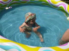 А я уже почти плаваю!!!