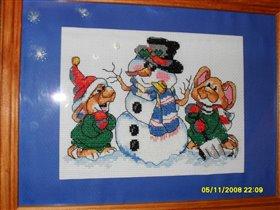 снеговик с мишками