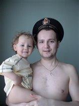 Пап,  я тоже моряком буду!!!