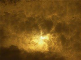 Солнечное затмение. Москва.