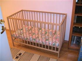 кроватка ИКЕА с кокосовым матрасом