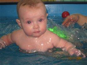 учимся плавать