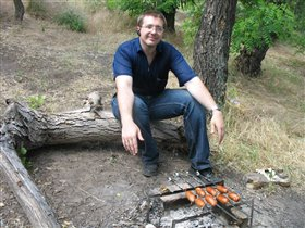 снова муж:) на пикнике