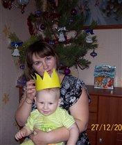 Коронация юного принца Ильи под елочкой