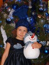 девочка-конфетка и снеговик