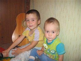 Мои сыновья  Александр 4 года и Михаил 1г 8 мес