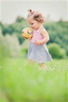 Мальчики играют в футбол, а у меня свои правила!