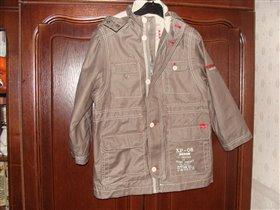 куртка-ветровка р. 128 для мальчика