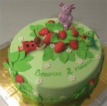 Торт Лунтик в клубнике