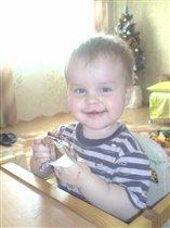 Артёмка любит сладенькое