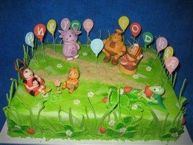 Торт Лунтик и компания празднуют День рождения