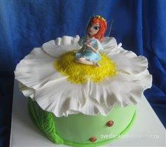 Торт Винкс на ромашке