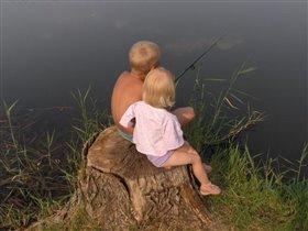 Илья и Вика на рыбалке