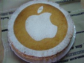 Яблочный торт с баварским муссом и корицей