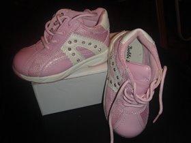 ботиночки розовые новые кожа/ткань