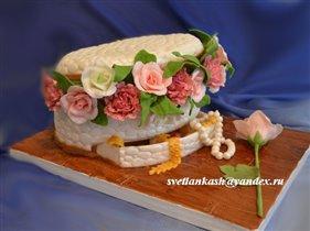 Торт Шкатулка с драгоценностями и цветами