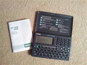 продаю Электронную записную книжку Casio SF-3300.