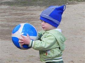 Мой маленький футболист!!!!!
