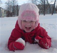 Зимние прогулки это всегда веселье.