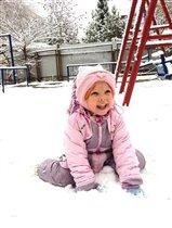 Ура, ура! Снег! Дождалась!