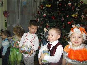 Утренник в детском саду - 28,12,2012