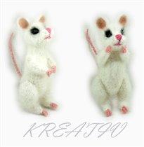 Мышь белая.