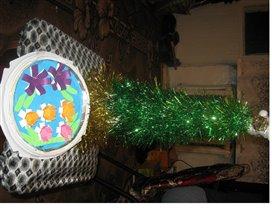 новогодняя ёлочка из мешуры и самодельных игрушек