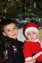 С младшим братиком