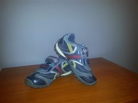 Geox кроссики для мальчика размер 27, 1500=