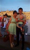 на прогулке у Петровского фонтана в Астрахани