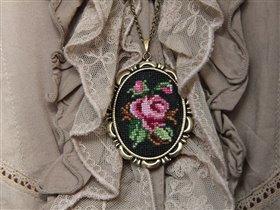 Кулон 'Винтажная роза'