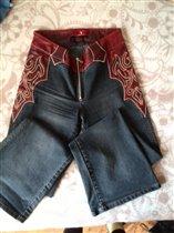 Джинсы с кожаным декором на р.44-46, 500р.