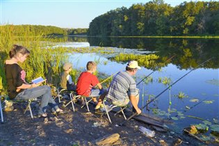 Нет ничего прекраснее семейного отдыха на озере.
