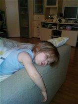 не смогла выбраться из кровати)))