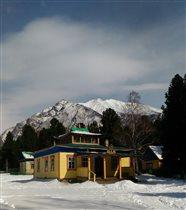 Нет ничего красивее гор в снегу.