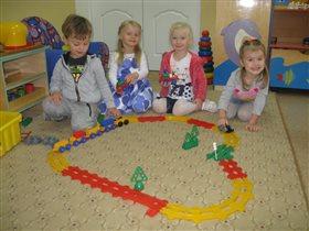 Симона в детском саду