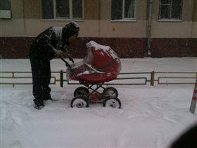 И в снег и в зной Папа со мной