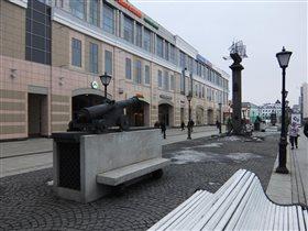 Памятник галере