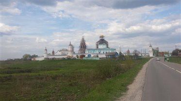 Тоже Бобренев монастырь