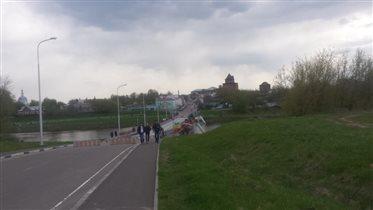 Вид на город, дорога в Бобренев монастырь