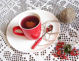 Моя любимая чашка, пью компот из сухофруктов.
