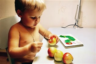 яблочная гусеничка