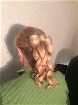 Причёска Бантик с локонами