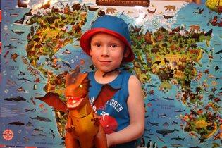 - 'Мамочка, а где жили мои любимые динозавры?'