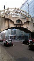 Брюссель. Мост в Европейском квартале.