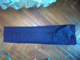 Черные новые брюки Киргизия 42 350руб