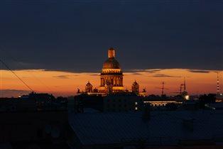Закат над Исакием с крыши.