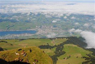 Швейцарские Альпы. Над облаками