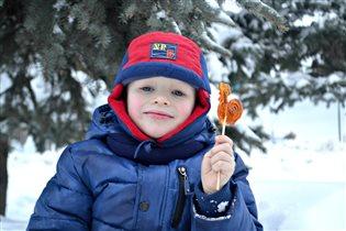 Самый сладкий зимний кадр!