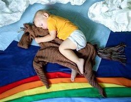 И по радуге промчаться на коне....